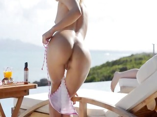 mind blowing anal and outdoor slit rubbing