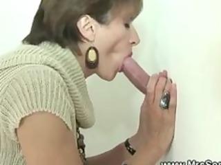 Cuckolds wife tugs cock