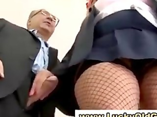 bigtits schoolgirl discovers old fellow