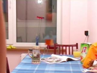 masha and ivana teens peeing on biffy