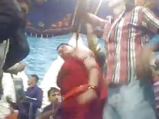 arab stomach dancer wowwww