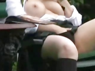 d like to fuck plays in the garden