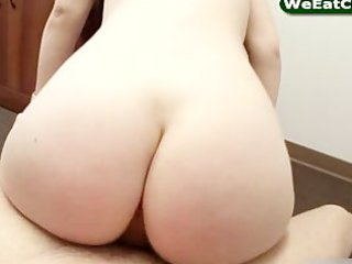 pornstar cutie cakes copulates in doggy style