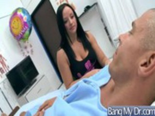 hawt sex adventure in doctor office with