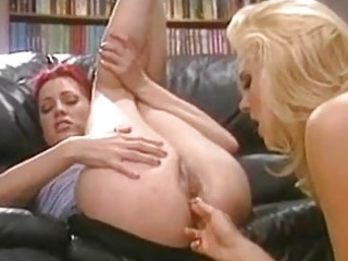 breasty hannah harper licks and fingers holly