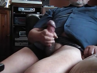 old bulky dude jerking 4