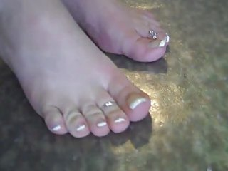 sammys toes anew
