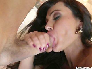 livegonzo lisa ann fucking anal like a true