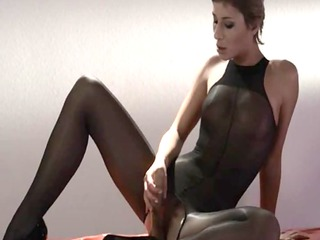 sexy princess in hose fingering
