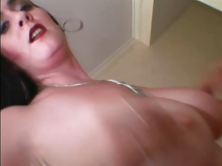 hawt raven large tit big beautiful woman latin