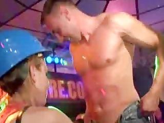 drunk honeys bonks at party