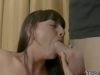 gals take up with the tongue slits
