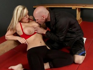 lusty large titted blond gives excellent tit job