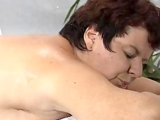 mamma screwed by masseur