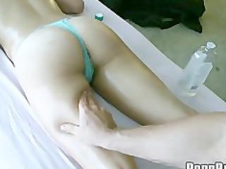 latin chick massage