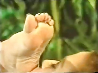 lesbo feet foot fetish toe licking