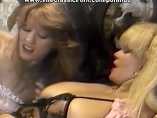 retro lesbos convulse from big o