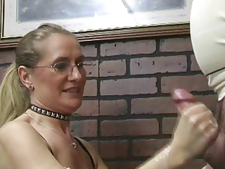 milfs making males erupt
