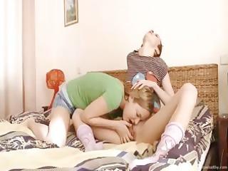 her st licking of babysitter