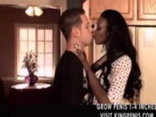 darksome d like to fuck seduces him in the kitchen