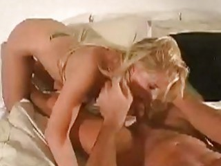 turned on blond with great hooters gives sexy