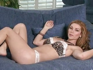 hawt titted heather vandeven caresses these