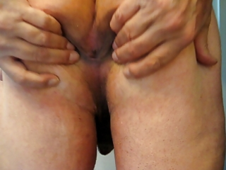 widening my butt i have a fun ass fucking