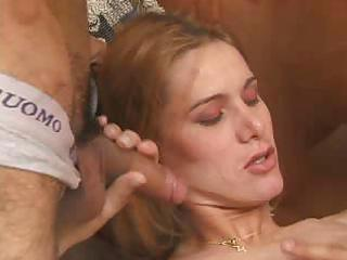 ts doxy plays with boys